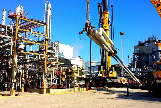 oil-rig-514035_640